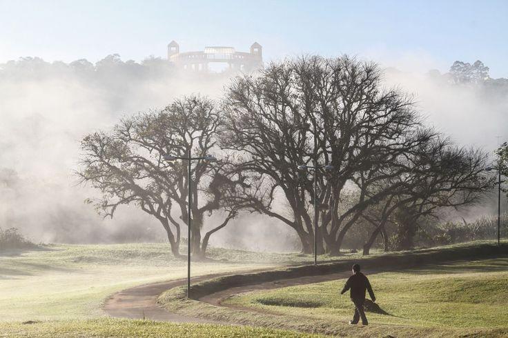 Em Curitiba, a média da temperatura mínima não deve passar dos 10 ºC em julho   Daniel Castellano/Gazeta do Povo