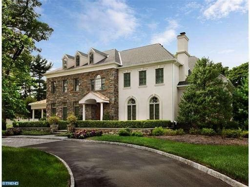 Love the stone front of this #classic #colonial #house.
