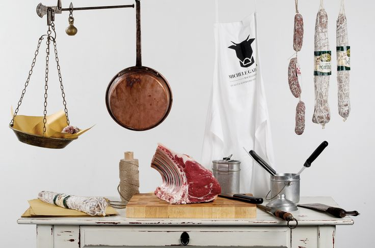 #macelleriagadaleta #macelleria #lesso #bollito #ragù #ragu #ragùdicarne #ragudicarne  #fassone #quadrotti #quadrottidicarne #stew #fassonepiemontese #coalvi #carne #meat #beaf  #boiledmeat #butcher #accademiadellafotografia #fotografia #photoshoot #shoot