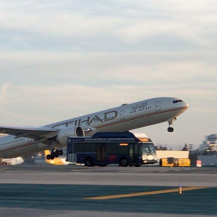 Iphone76jetblkes3 On Instagram Etihad In 2020 Los Angeles International Airport Passenger Passenger Jet