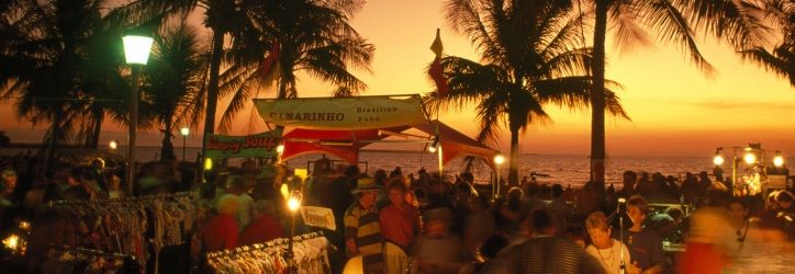 Enjoy an iconic sunset at Fannie Bay, Mindil Beach Markets, Nightcliff foreshore. #NTAustralia