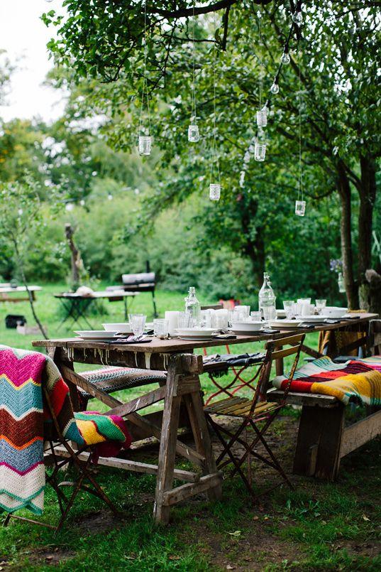 herbstlicher grillabend mit freunden warm sun and we. Black Bedroom Furniture Sets. Home Design Ideas