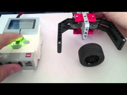 Simplest EV3 Robot Claw/Gripper: 16 Steps
