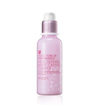 A brightening essence that helps address hyperpigmentation, including dark spots, discoloration from acne, etc. Contains sakura and white flower to brighten and revitalize skin for a healthier, more even skin tone. Ideal for all ski...