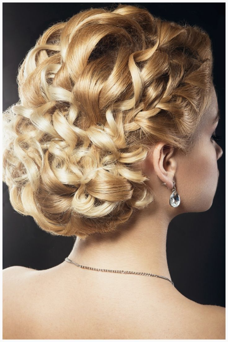 Are You Searching For Photos Of Perfect Wedding Hair Styles Options For Your Wedding And Reception You Curly Hair Styles Wedding Hair Inspiration Hair Styles