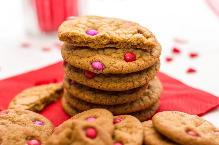 Er zijn genoeg manieren om je geliefde te verrassen op de meest romantische dag van het jaar, maar dit leuke idee voor chocolate chip cookies met roze M&M's zagen we nog niet eerder voorbij komen. We kregen dit recept van lezeres Mariette. *Voor dit recept heb je roze of rode M&M's nodig. Deze zijn echter […]