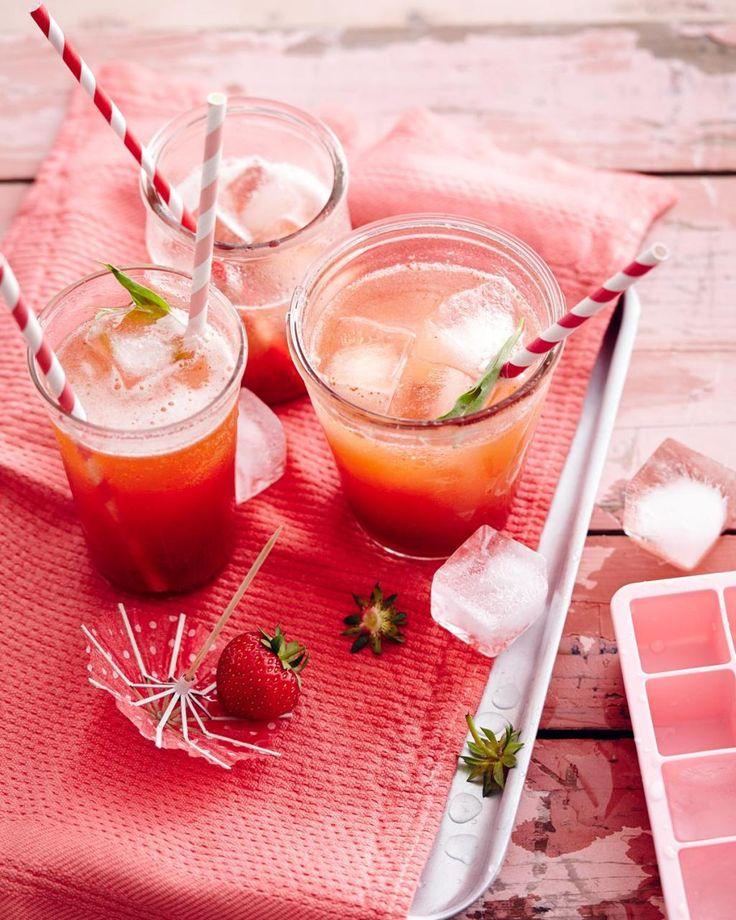 Rezept: Erdbeer-Estragon-Sirup für Erdbeer-Bellini