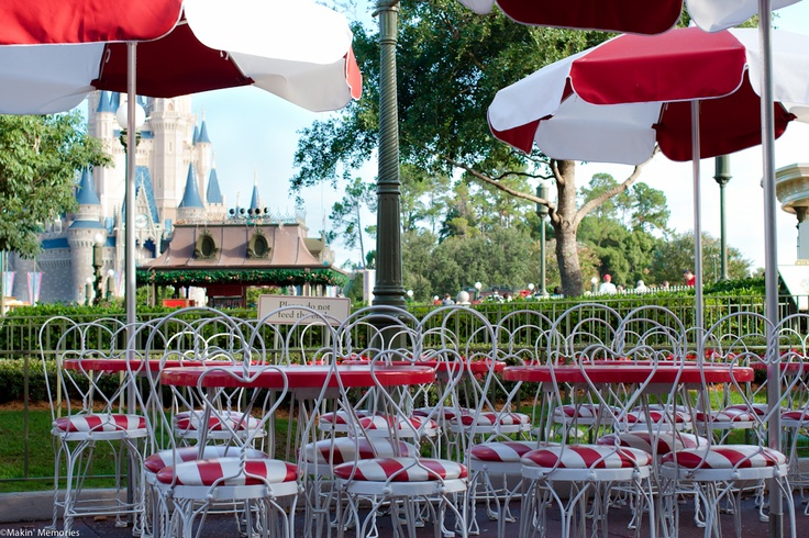 Disney Restaurant Reservations Before Park Opens