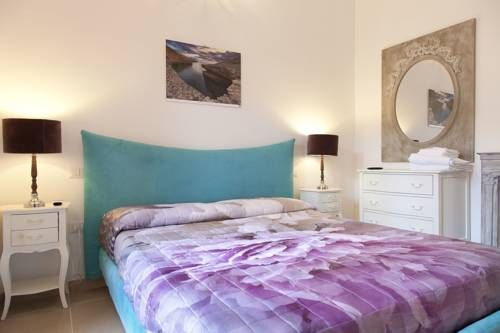 Guest house Acuario Torre Grande B&B Acuario offers accommodation in Torre Grande.  Each room at this guest house is air conditioned and is fitted with a TV. Every room is fitted with a private bathroom fitted with a bath or shower.