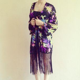 http://www.fashionroom.gr/1773-3248-thickbox/black-purple-kimono.jpg