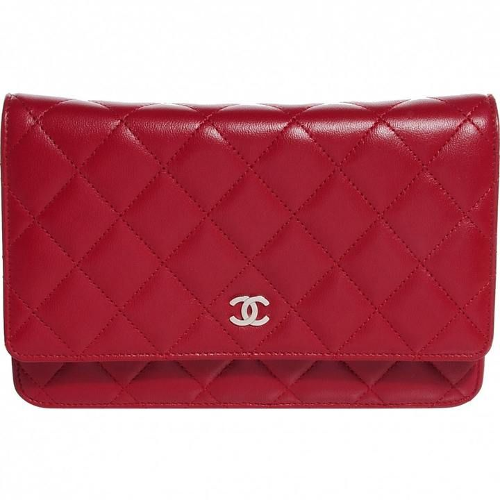 £1,871  #Chanel Red Quilted Lambskin Leather #Bag Wallet On a Chain Clutch Bag. Made from quilted lambskin leather and a small silvertone CC logo on the front. Can be worn cross-body, on the shoulder, doubled up to wear with a shorter drop or tucked in to use as a clutch.   #Ad