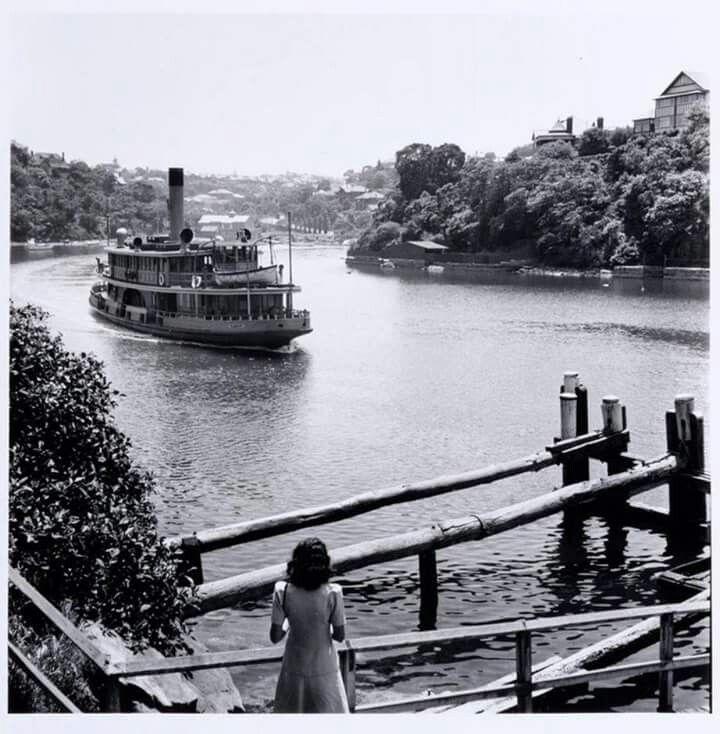 Kamiri on Mosman Bay in 1946. Max Dupain.