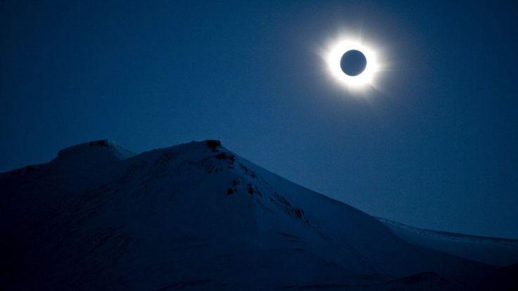 Total solformørkelse i næste uge   Vejr