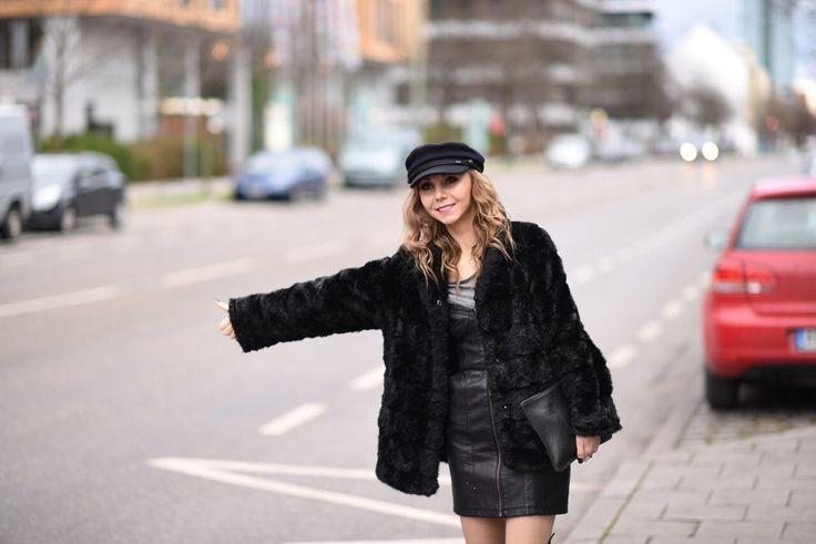 #fauxfurvest #fauxfurjacket #isabelmarant #black http://fashiontipp.com