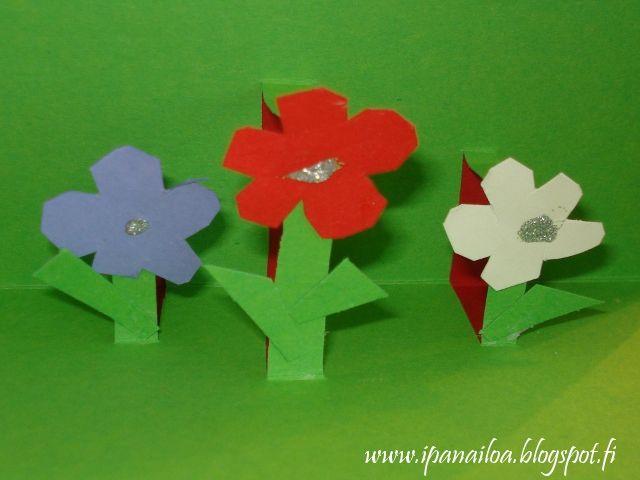 askartelua: äitienpäivä, kortti, kukka crafts: Mother's Day, card, flower hantverk: mors dag, kort, blomma http://ipanaaskartelua.blogspot.fi/2013/05/aitienpaivakortti.html