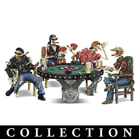 Crypt poker skeleton figurine collection