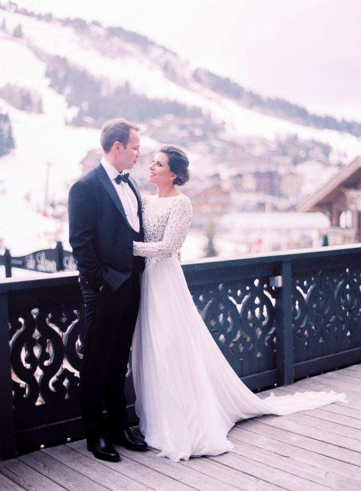 European winter wedding black tie longsleeve wedding dress | Photography: Le Secret d'Audrey