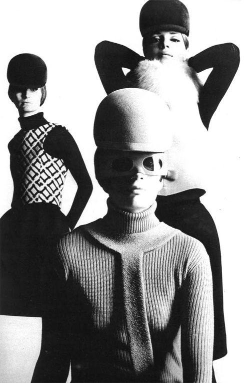 Pierre Cardin-gorros 60's