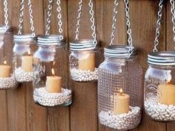 Des bocaux recyclés en lanterne