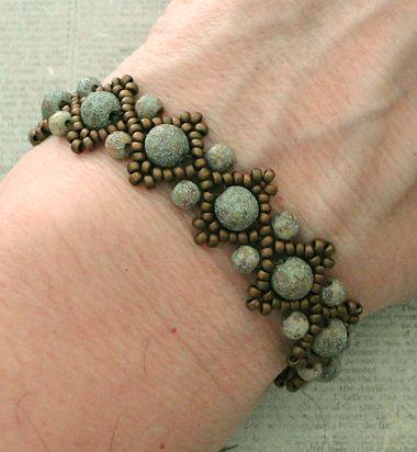 Linda's Crafty Inspirations: Lizzie-Armband - Geätzter Stein