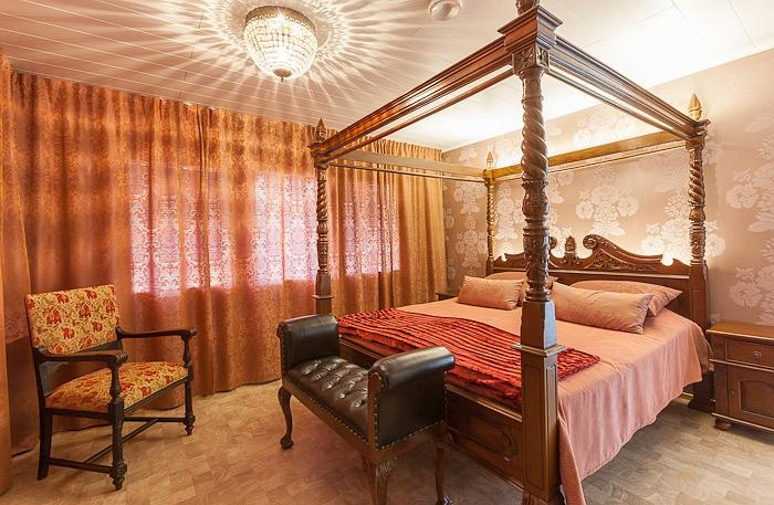 Major bedroom in Estelle