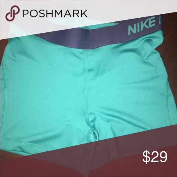 NWT NIKE PROS SZ SMALL AND MEDIUM Green and navy NWT NIKE PROS SIZE SMALL AND MED Nike Shorts