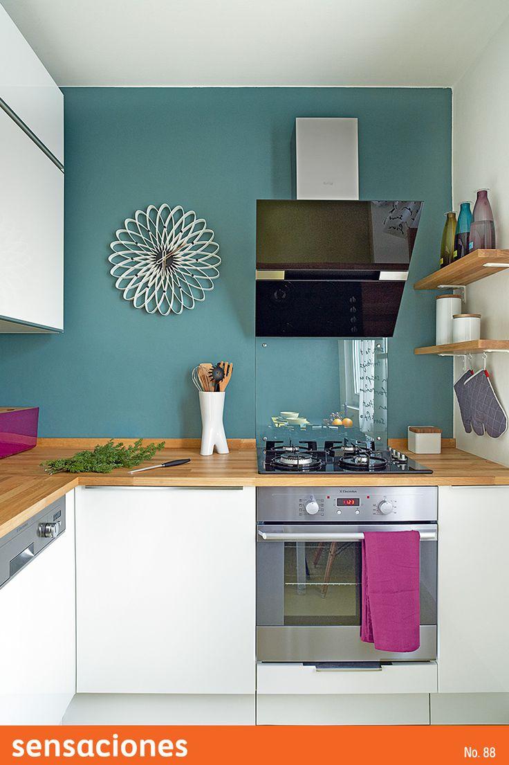 Acqua 100 protege tu #cocina de manchas y suciedad, además puedes encontrar el tono perfecto ¡Está disponible en 1400 colores!. #BienHecho