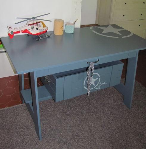Bureau enfant style table dessin vive la rentr e - Table a dessin enfant ...