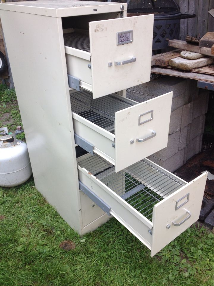 Best 25+ Filing cabinet smoker ideas on Pinterest | Diy smoker ...