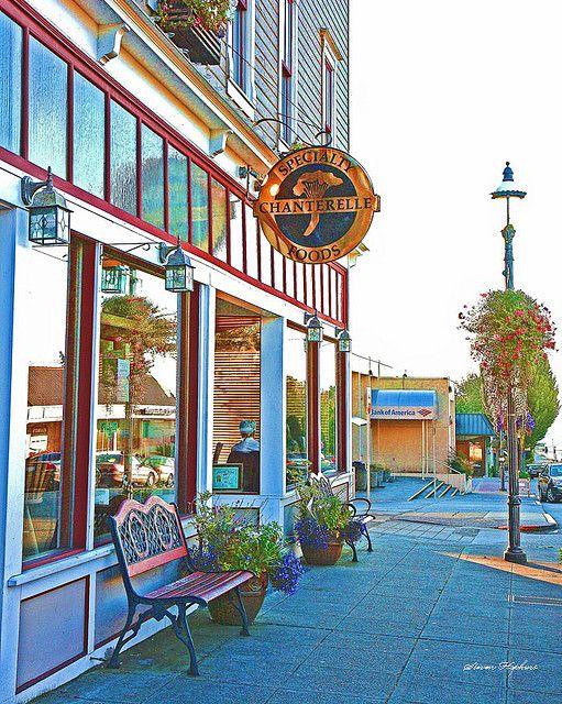 Downtown Edmonds WA by Portraitsteve, via Flickr