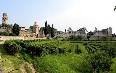 Con una storia lunga 3.000 anni, Este è la più antica città del territorio euganeo.