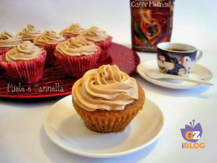 Cupcakes al caffè cioccolato e nocciola