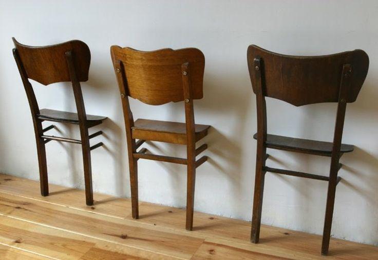 portant vêtement original- valets de chambre en chaisses en bois coupées en 2