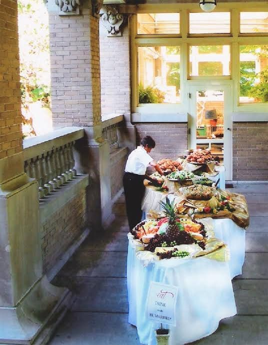 Have your wedding at Ruthmere Museum!