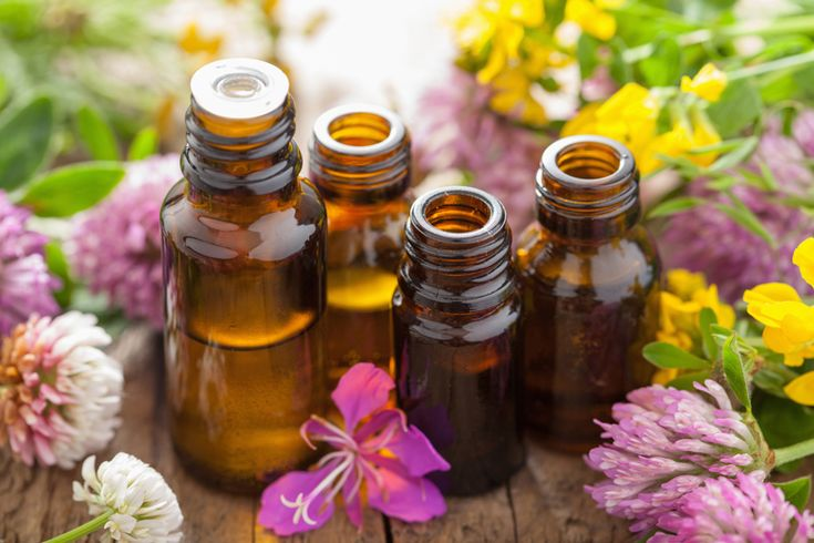 There must be thousands of ways to use essential oils! Discover these 12 basic essential oils and 60+ ways to use them to enhance your health.
