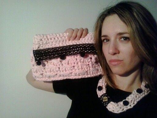 """Conjunto pink colección """"olé"""" Bolso:30€ Collar:15€"""