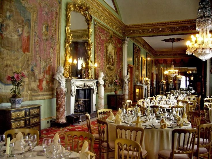 http://www.versaillestovictoria.com/2014/02/chateau-of-day-belvoir-castle.html