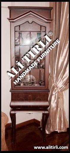 #alitirlihandmadefurniture #color #renk #gumusluk #vitrin #gümüşlük #yemekodası #yemekodasıtakımı  #turkey #istanbul #desıgn #gomalak #dubai #beyoğlu #klasikmobilya #varak #cila #lake #interiors #interiorsdesign #luxury #luxuryfurnituredesign #mobilyadekorasyon #mobilya #mimari #eloymacılığı #ahşap #florya #handmade