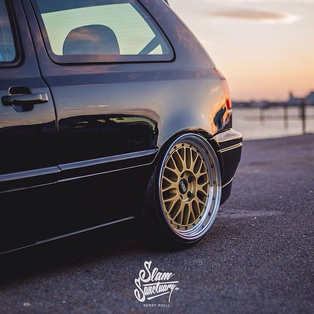 See more of @powey's Mk3 VR6 in the latest feature on slamsanctuary.com