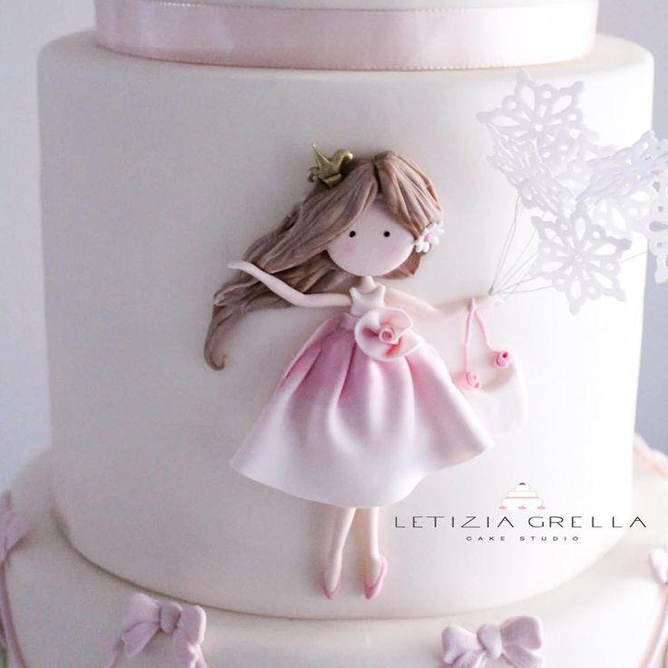 Dettagli Bambolina di zucchero da un disegno di @selene_conti_artist per le @lepiccolinedelcuore @tina_citarella_events . . #sugardoll #dolls #pink #sweet #love