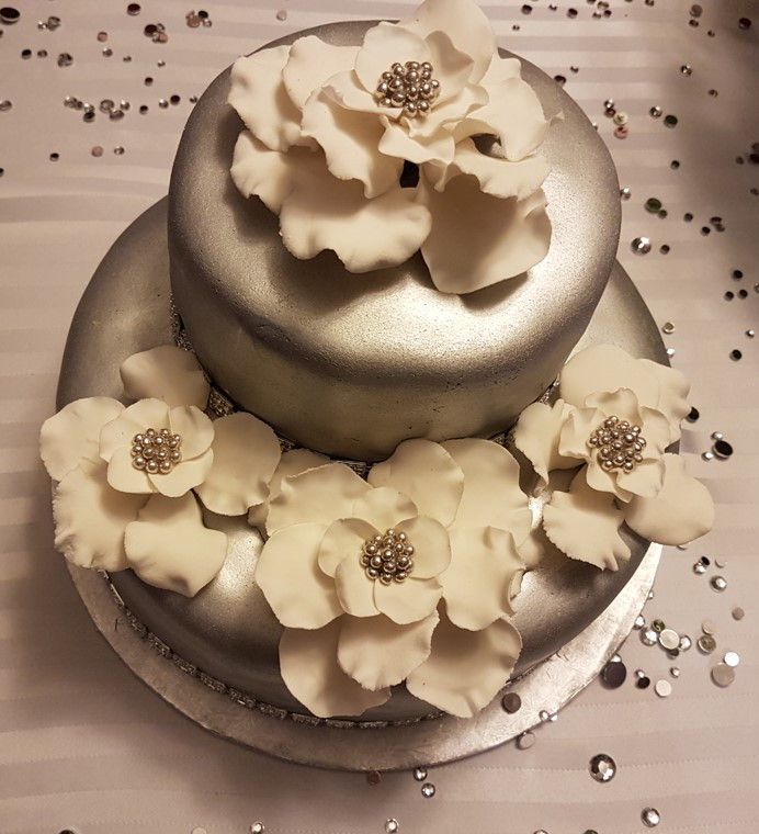 Specialty Cake- Silver Anniversary