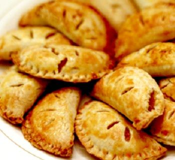 Diamonds for Dessert: Cornish & Pumpkin Pasties for a harry potter party