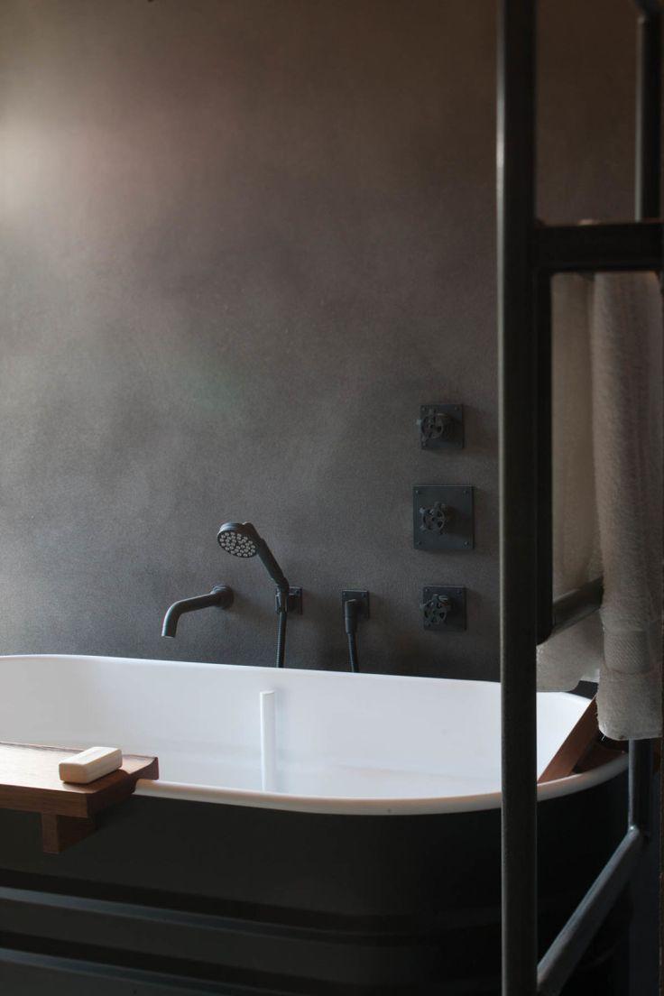 moody #bathroom #interior