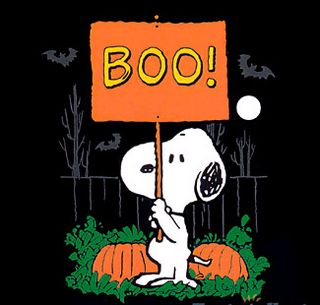snoopy says boo happy halloween - Charlie Brown Halloween Cartoon