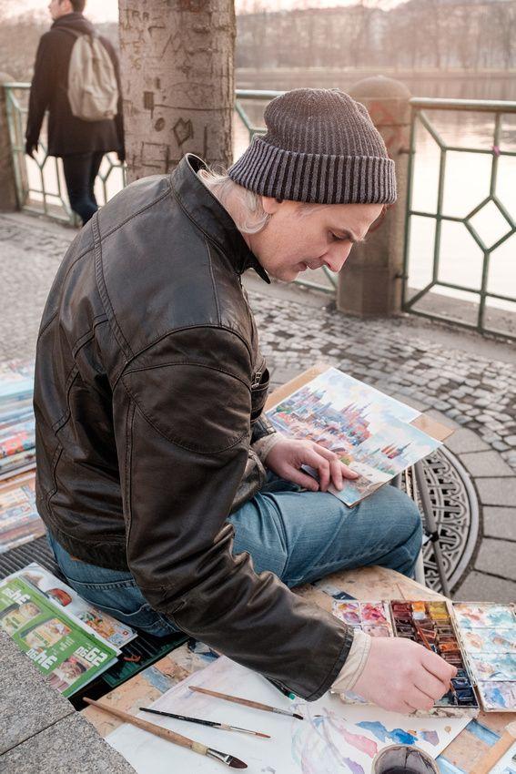 Street artist in Prague