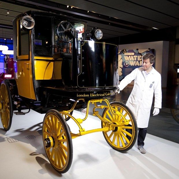 Science Museum exhibits London's 1897 electric taxi (Wired UK)