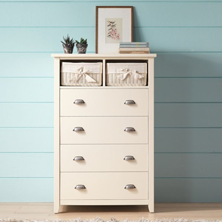 Misty 4-drawers and 2 white basket