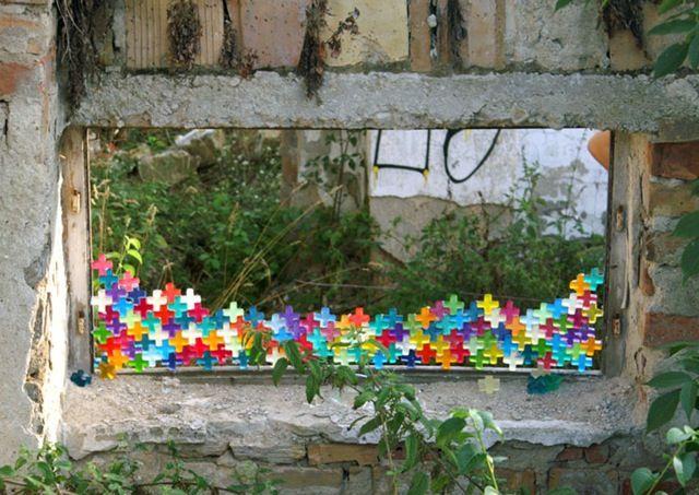 Alma Abonyi just for fun, 2006 street art installation