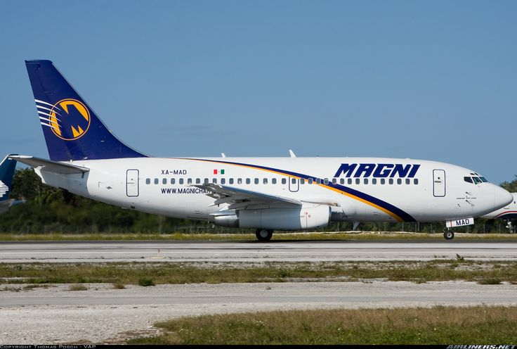 Magnicharters (February 21, 2009) Boeing 737-277Adv / XA-MAD