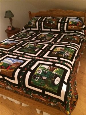 Oliver Tractor Exhibit Quilt Kit, Queen Size